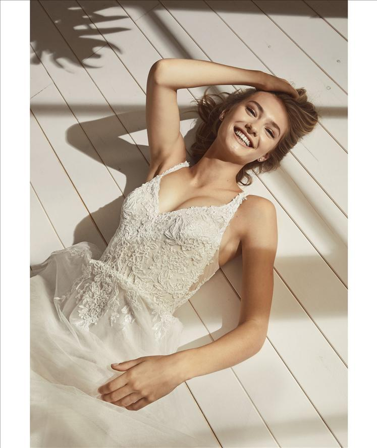Abito sposa mod. OTHENIA linea WHITE ONE -PRONOVIAS