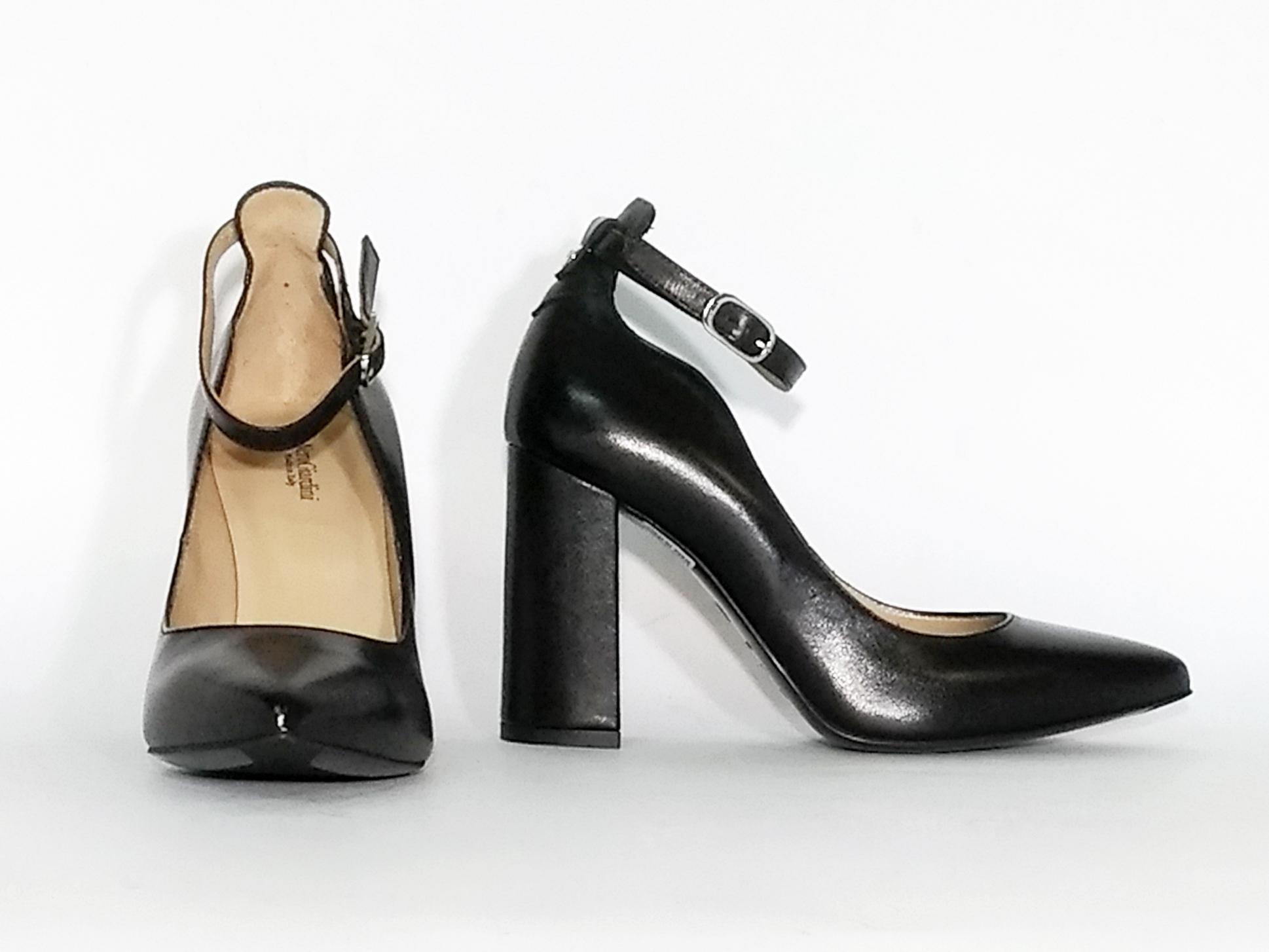 Decollete nero alla caviglia Nero Giardini