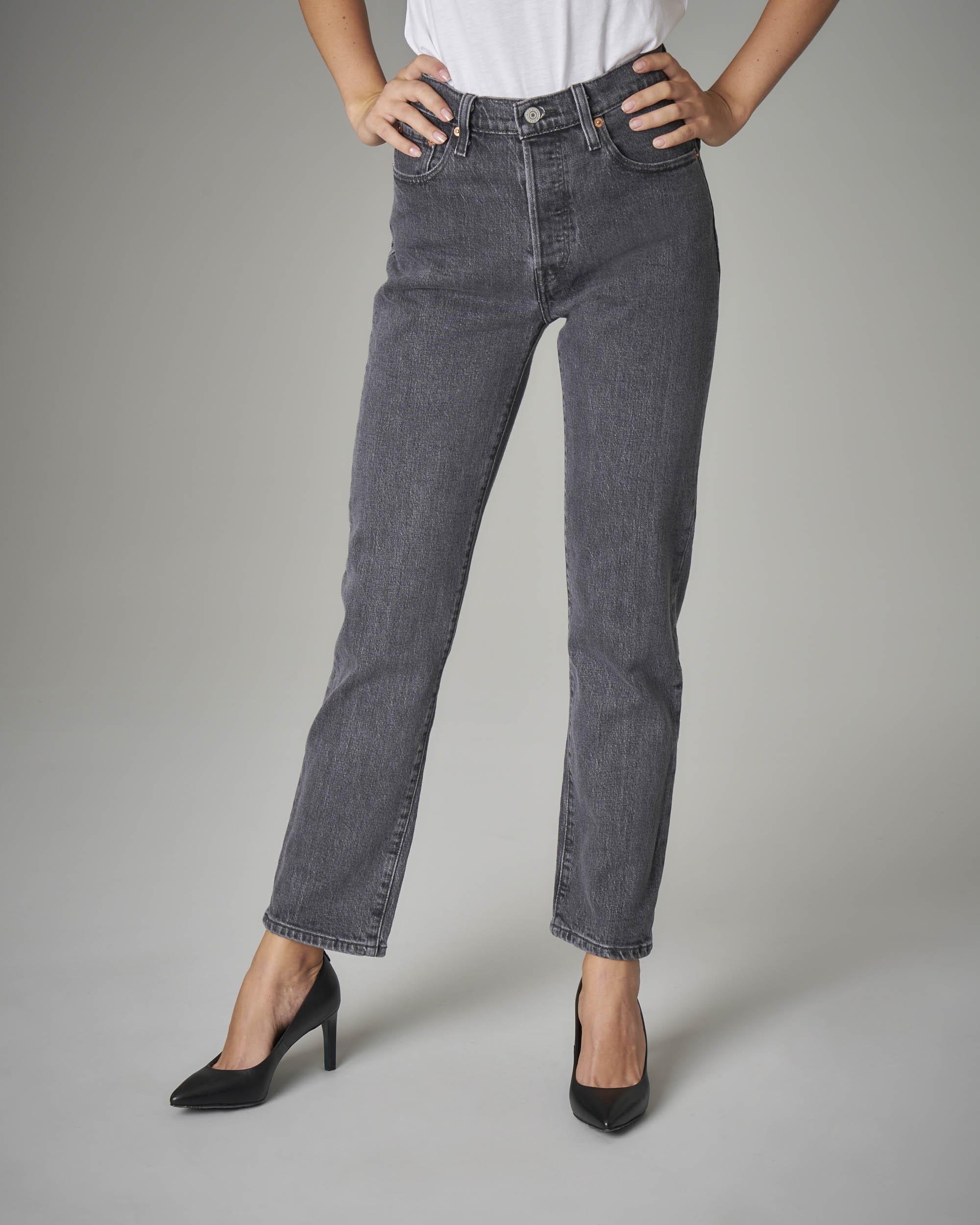 Jeans 501 crop nero a vita media.