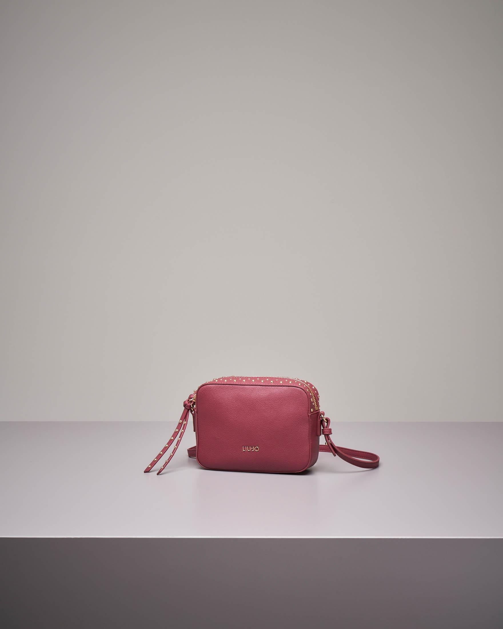 Cross bag bordeaux in similpelle con borchie
