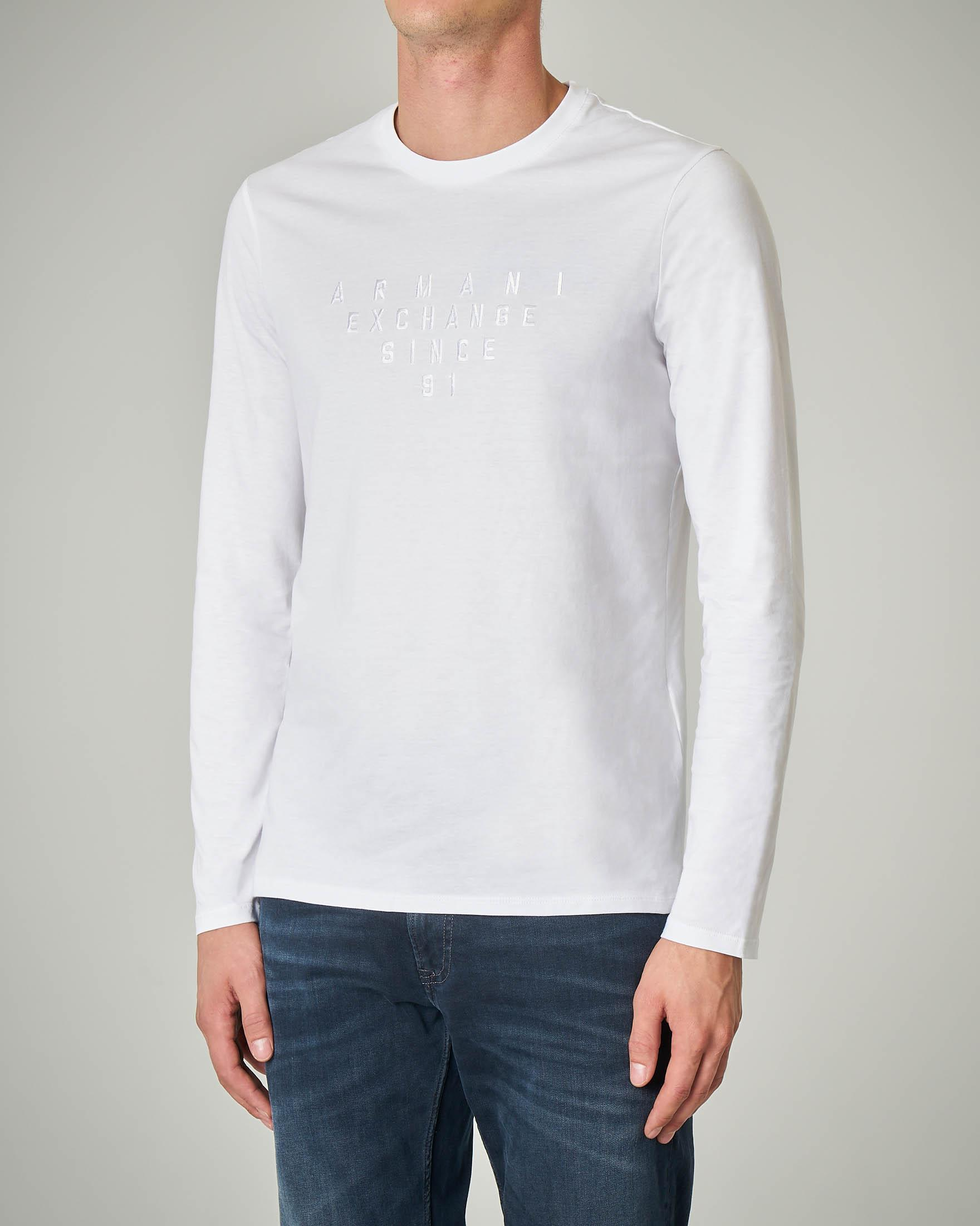 T-shirt bianca a manica lunga