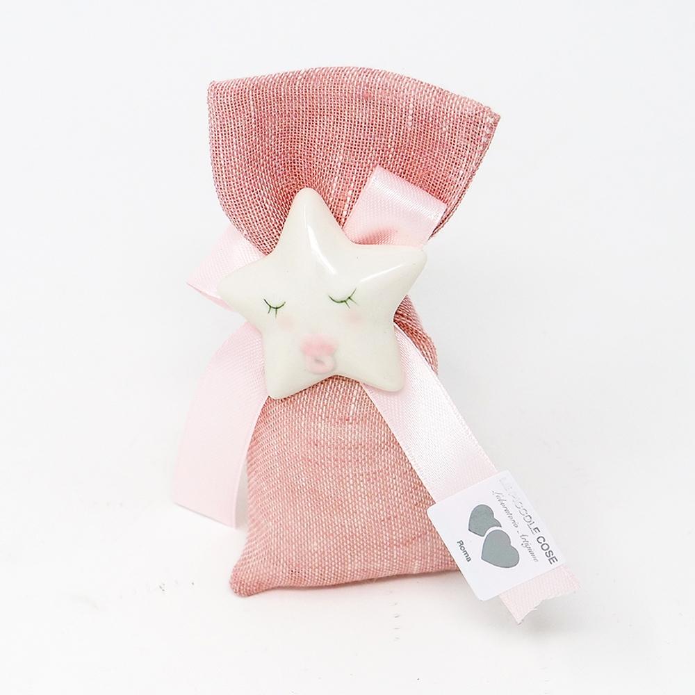 Sacchetto in lino rosa con fiocco in tono e stellina con calamita