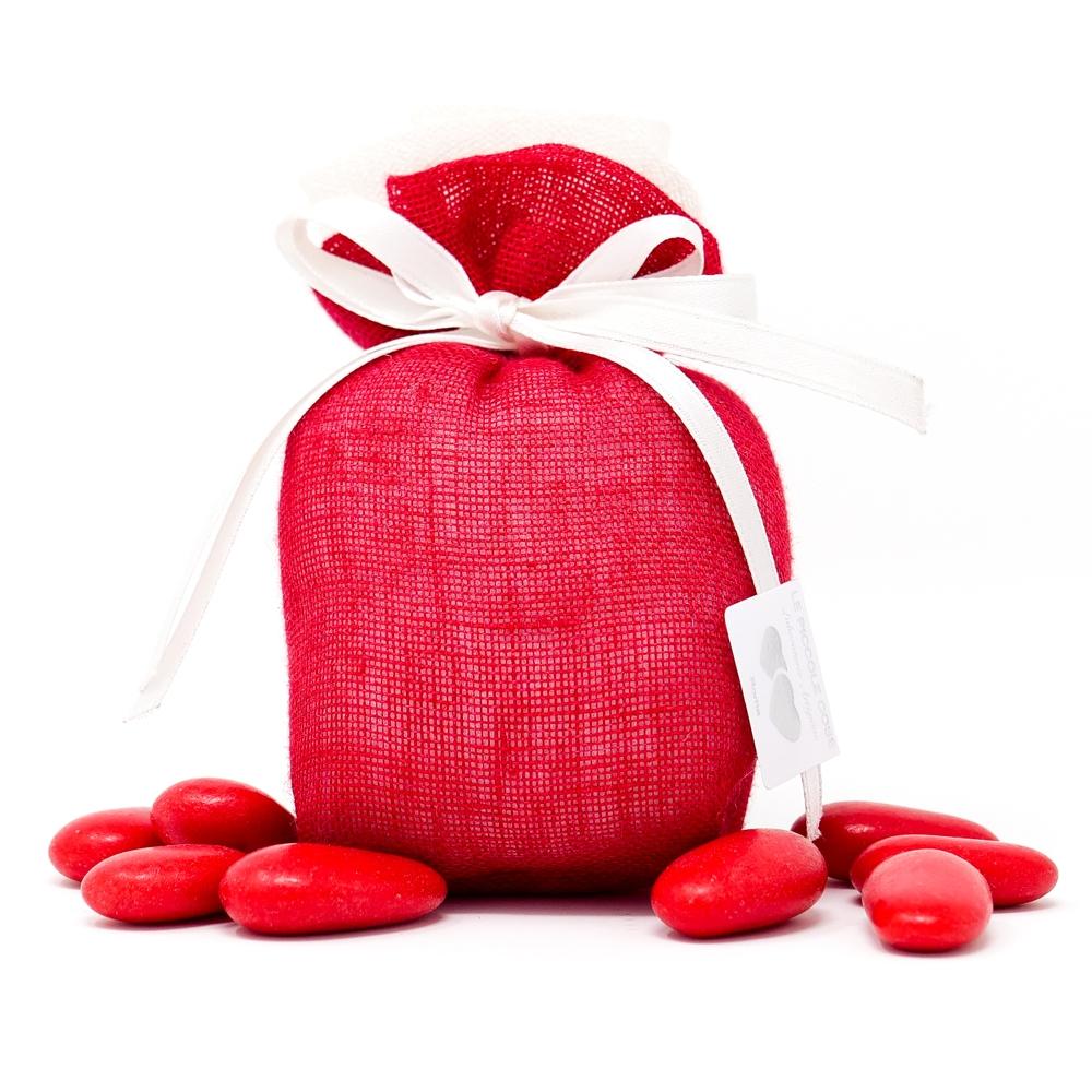 Sacchetto in lino rosso con applicazione di una rosa in lino bianca