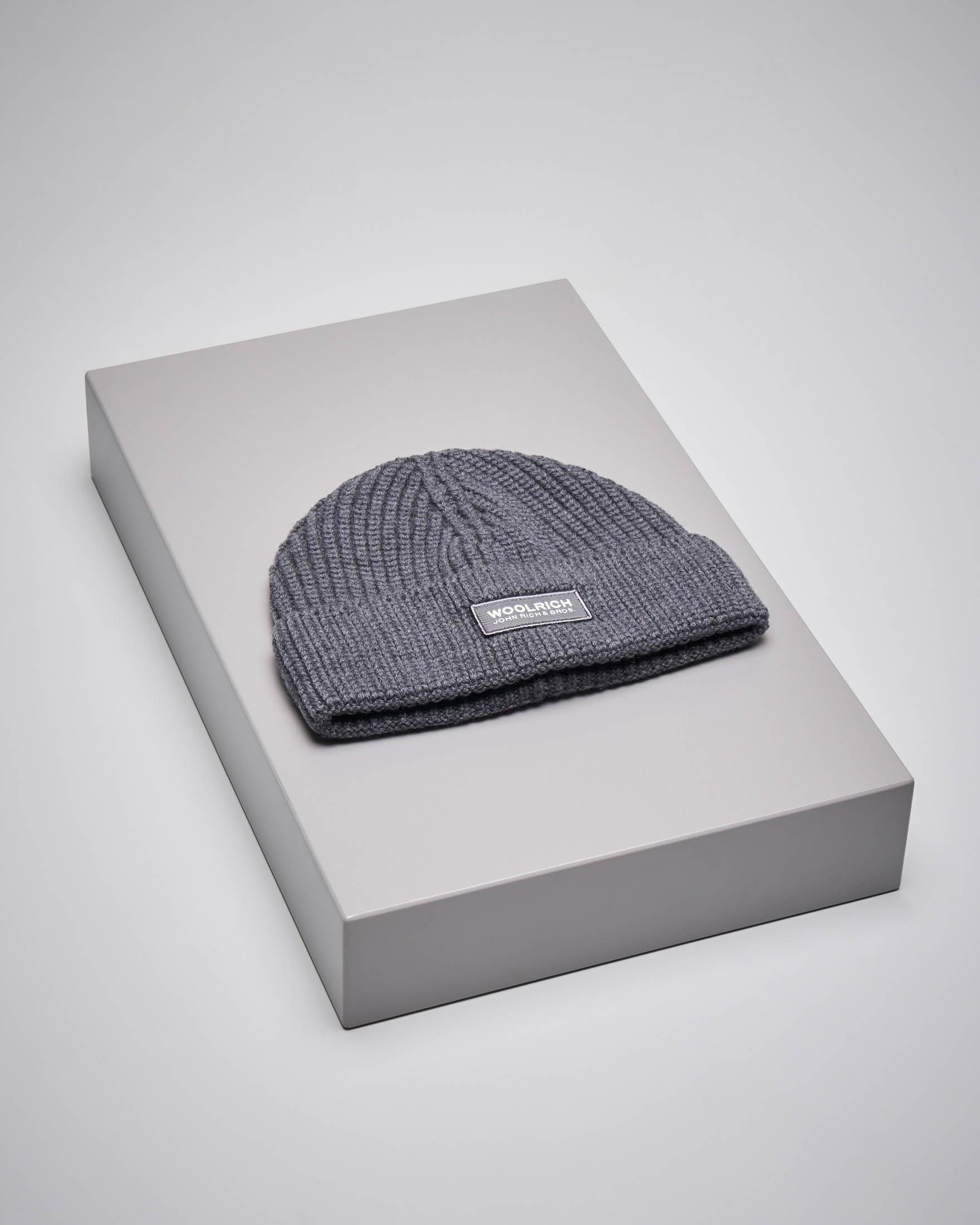 Berretto grigio in lana con logo