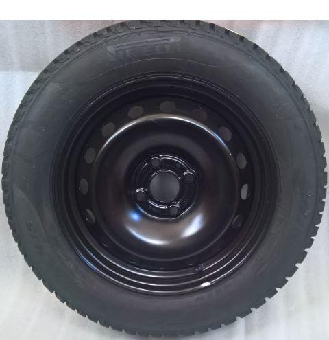 Ruota con pneumatico invernale Pirelli 185/65R15 88T  Fiat Punto