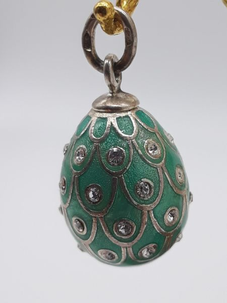 Ciondolo donna uovo con zirconi e smalto a fuoco in argento 925 | GIOIELLERIA BRUNI Imperia