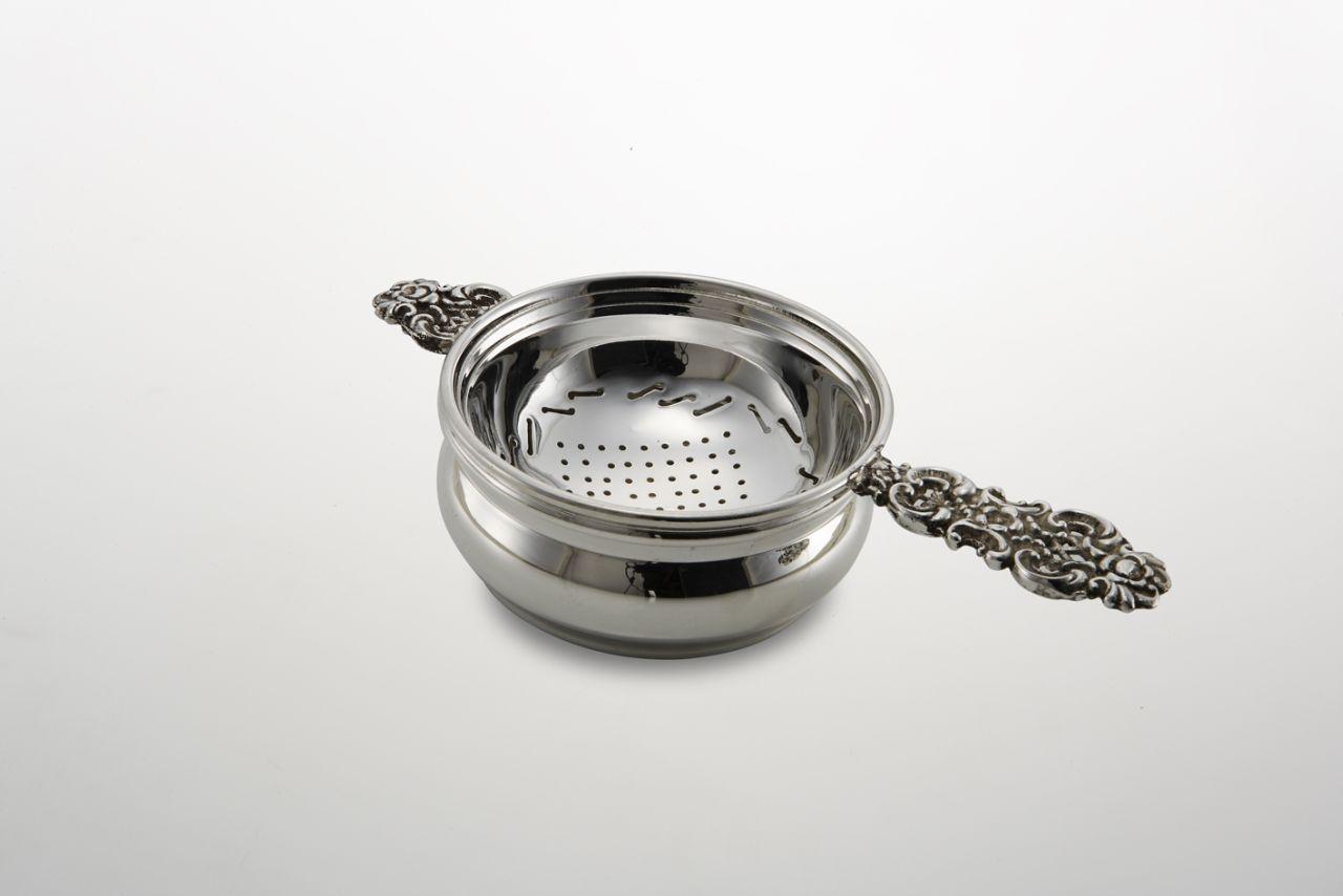 Colino Tè in Sheffield stile cesellato cm.15,5x7,5x4h diam.7,4