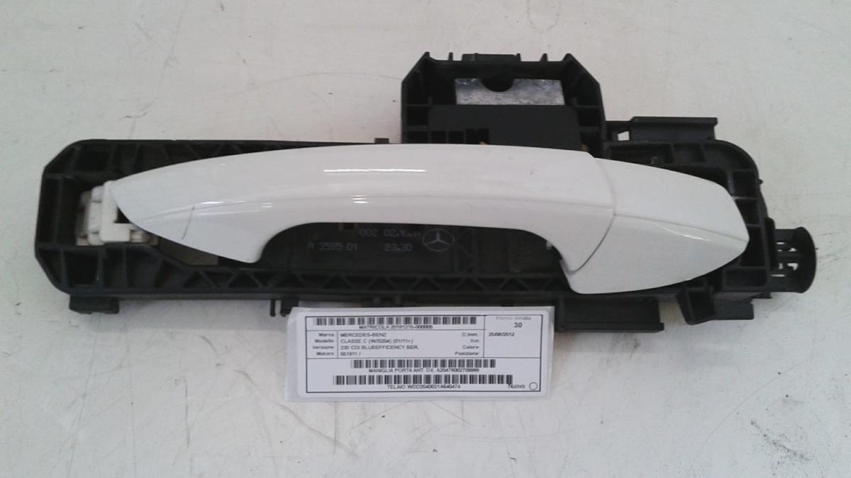 Maniglia porta anteriore dx usata originale Mercedes-Benz Classe C serie dal 2011> 220 CDI bluefficency