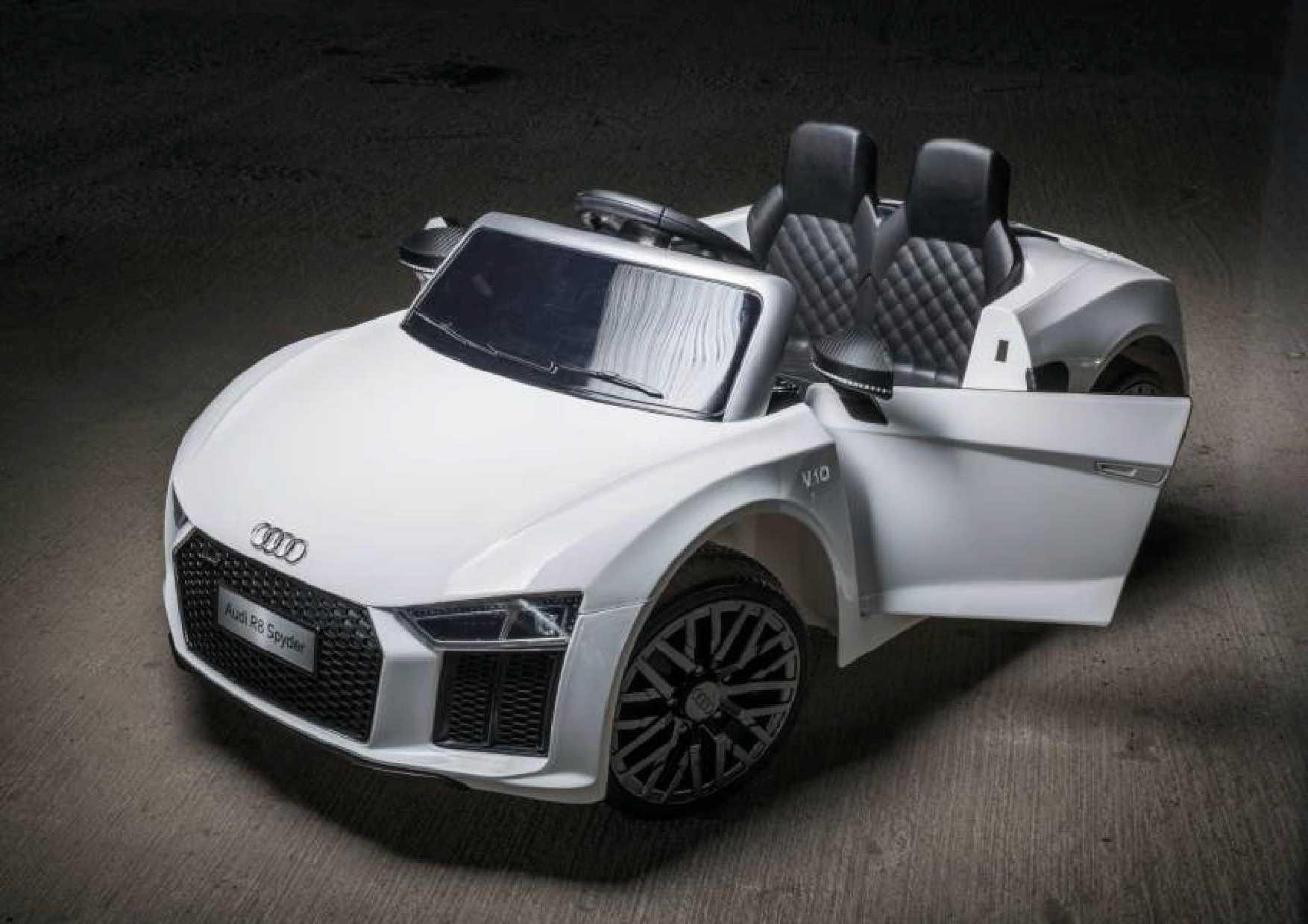 Ciervo Audi R8 bianca radiocomandata