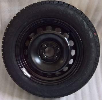 Ruota con pneumatico invernale Pirelli 175/65R14 82T FIAT PANDA