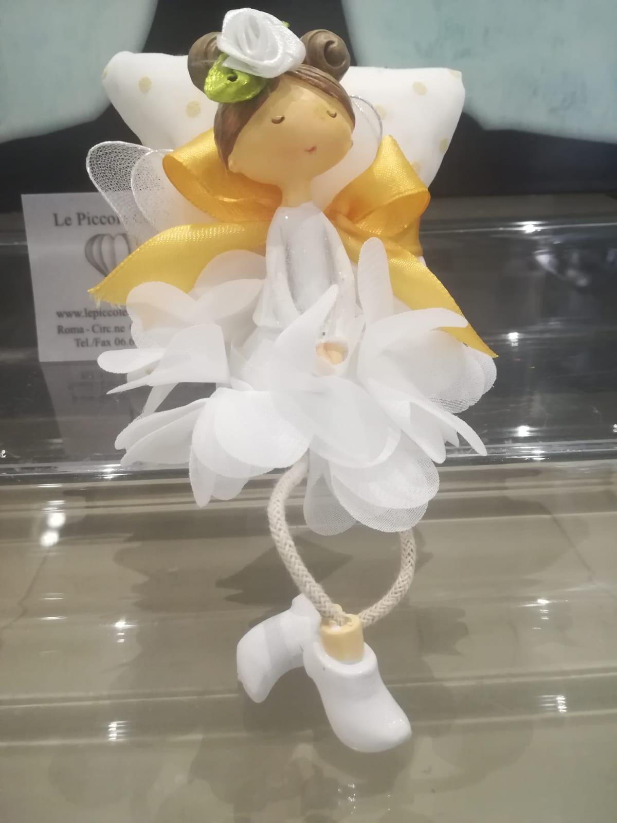 Bomboniera con ballerina e pochette in plumetil con confetti e biglietto stampato