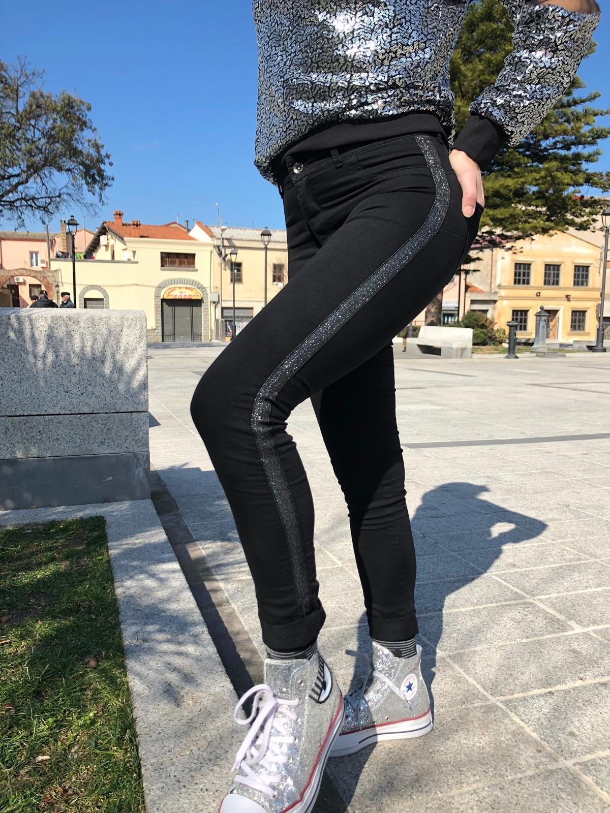 Jeans Tony con Bande