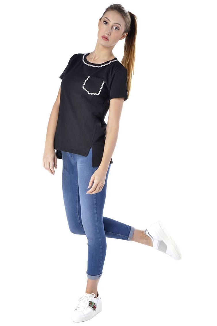 T-shirt donna Kaos con applicazioni strass e perle nero  3cec8916286