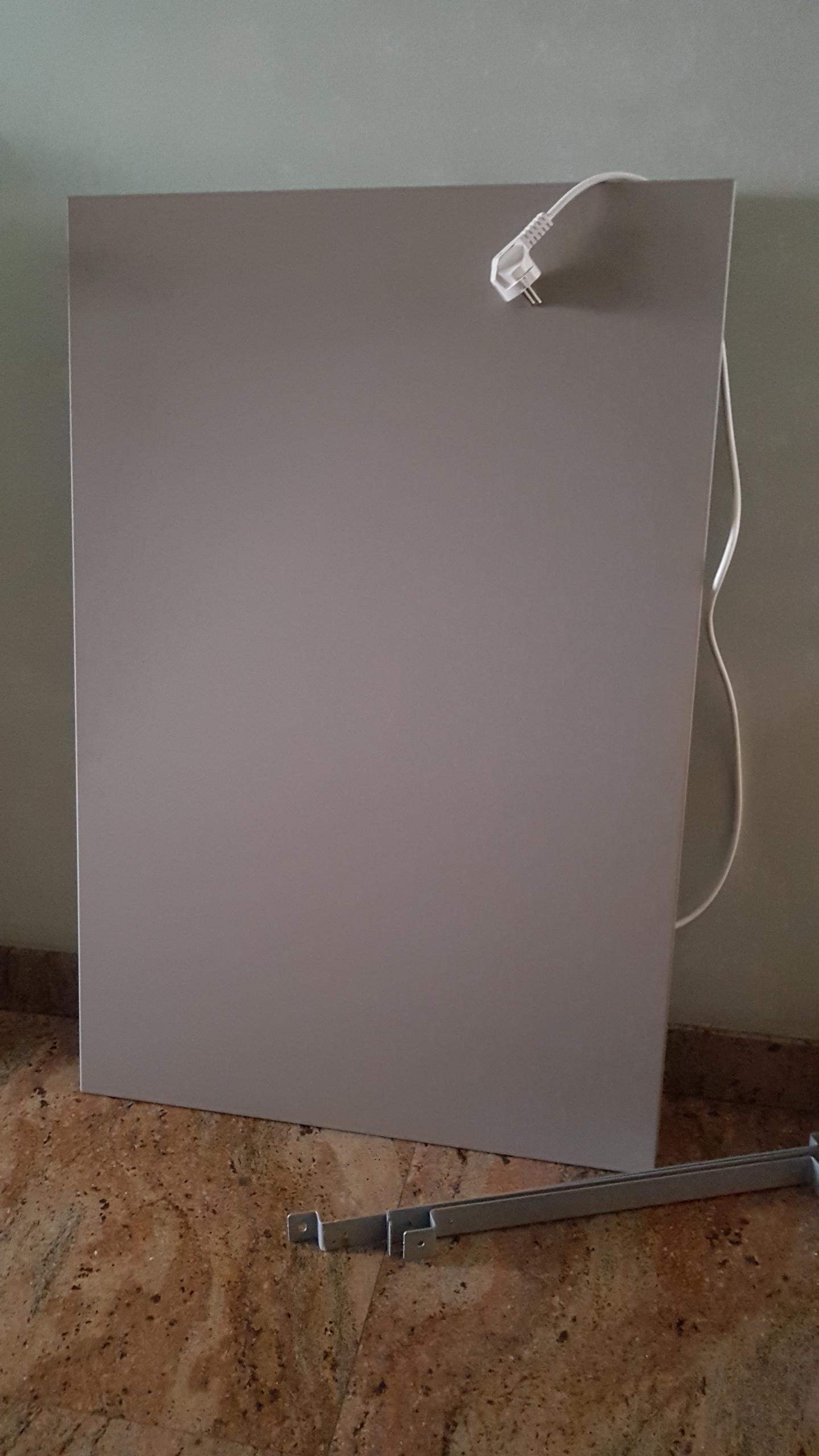 Pannelli radianti  in metallo resinato  finitura  al quarzo