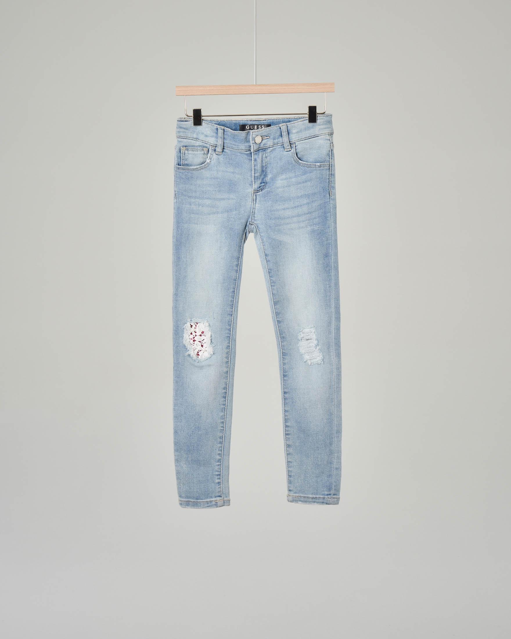 ddd7cb77c266 Jeans con strappi e toppe sulle ginocchia | Pellizzari E-commerce