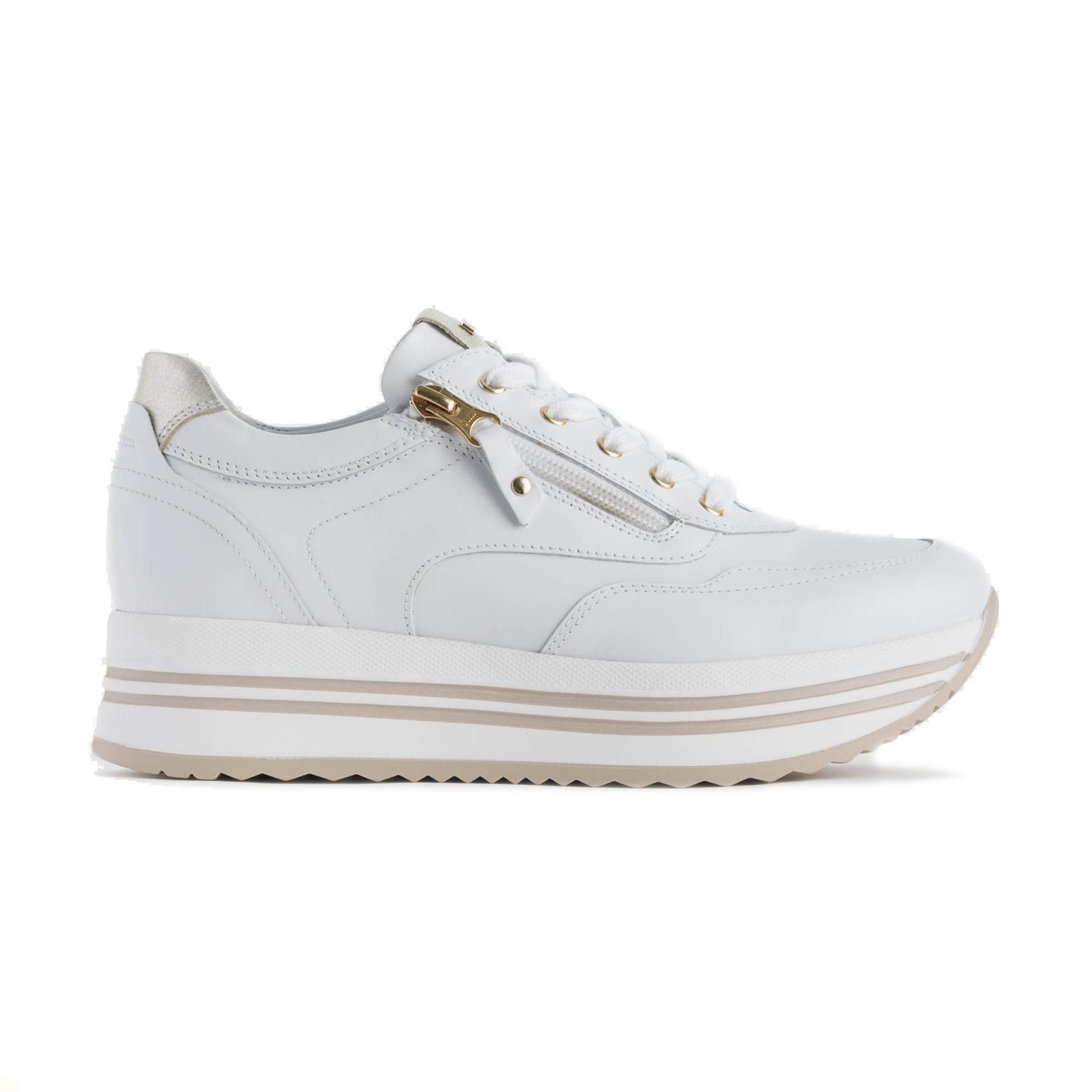 Sneaker bianca con fondo platform Nero Giardini