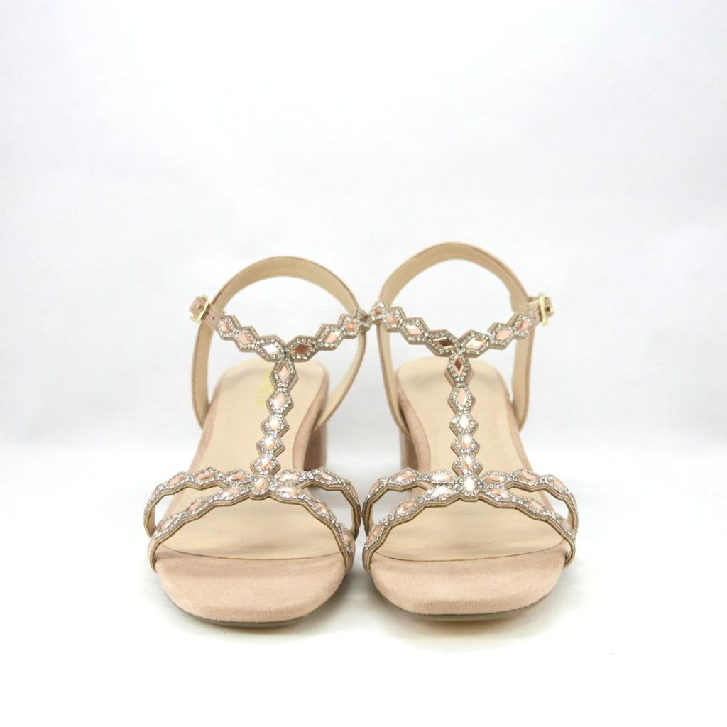 Sandalo cerimonia donna elegante nude con cinghietta regolabile e dettagli cristallo.