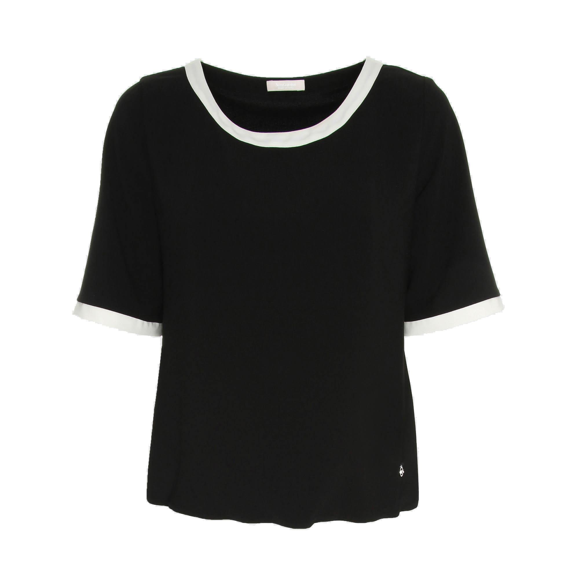 T-shirt nera Nero Giardini