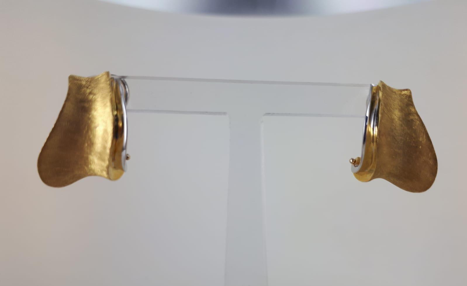 ORECCHINI A LOBO BICOLRE ORO GIALLO E BIANCO 18 KT GRAMMI 9.30 A CLIPS