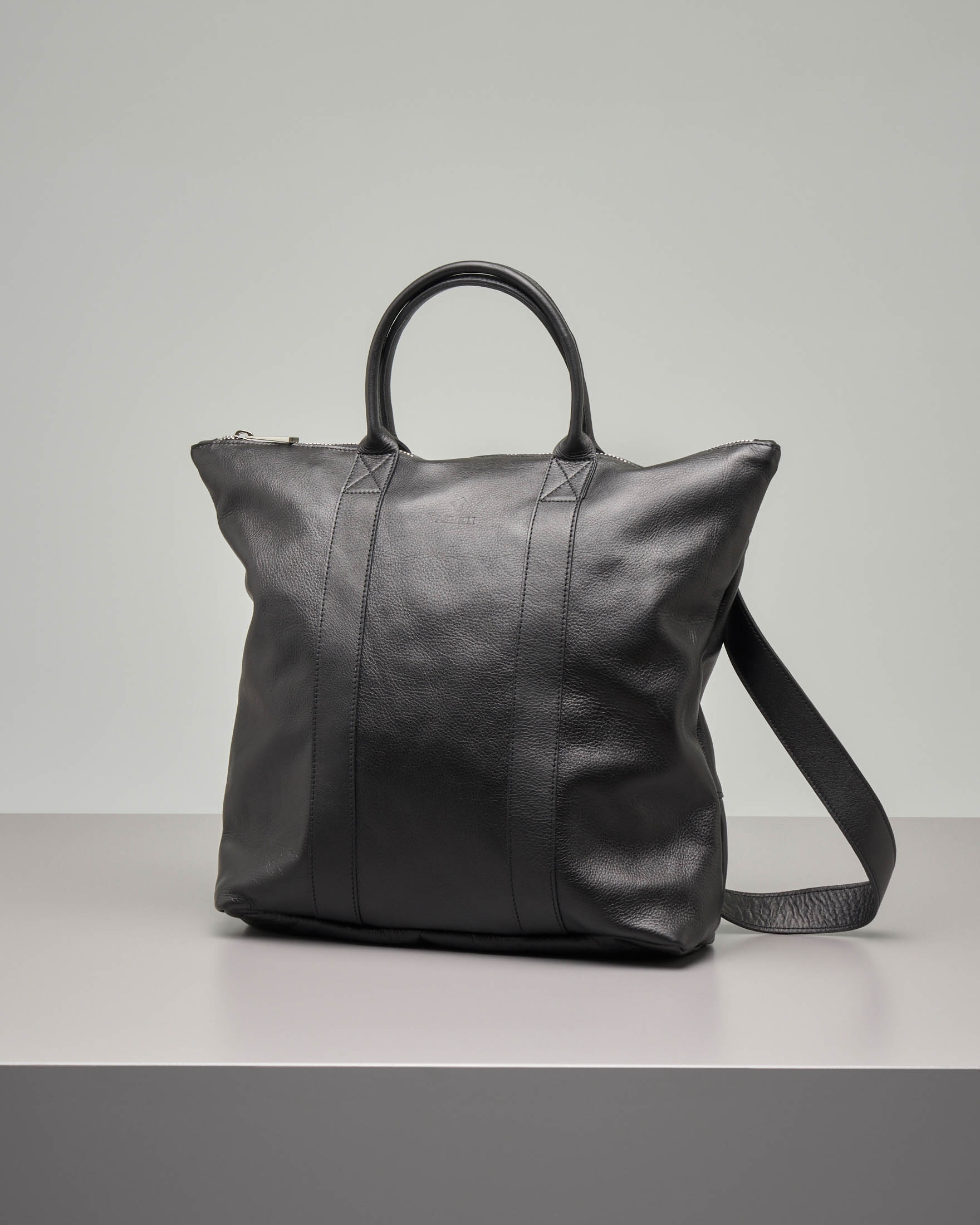 e05396c28d Borsa zaino in pelle nera | Pellizzari E-commerce