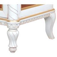 Dettaglio gamba intagliata della vetrina art. ER-301-GW