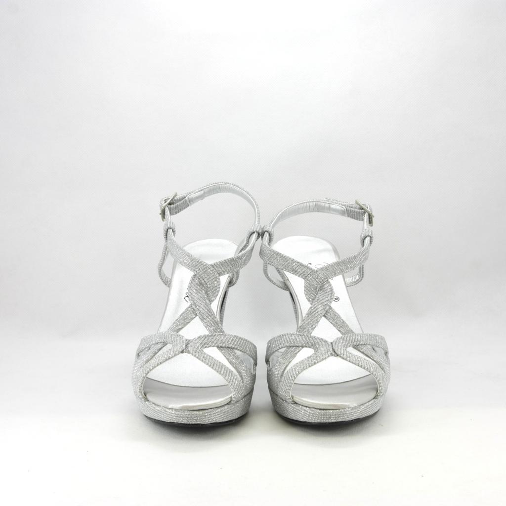Sandalo donna elegante da cerimonia in tessuto glitter argento con cinghietta regolabile.