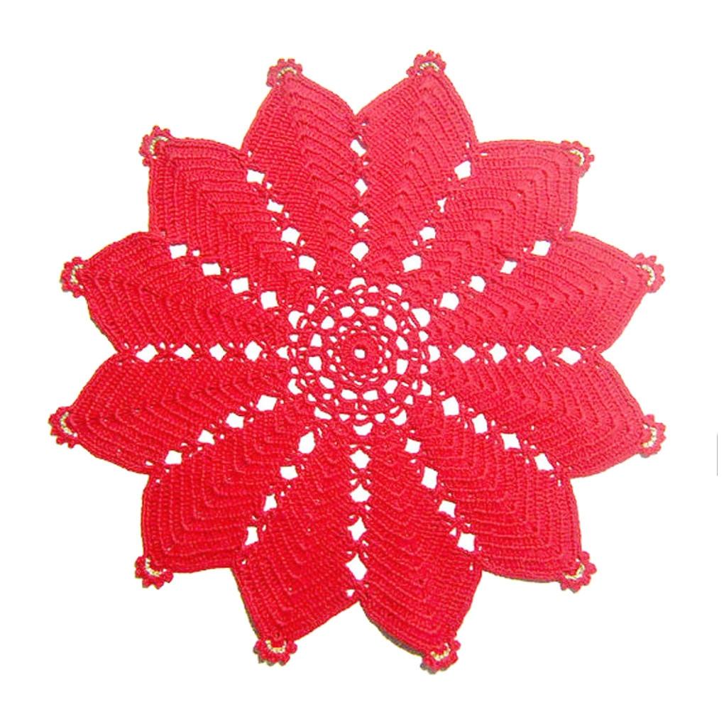 Come Fare Una Stella Di Natale All Uncinetto.Centrino Rosso A Forma Di Stella Per Natale All Uncinetto