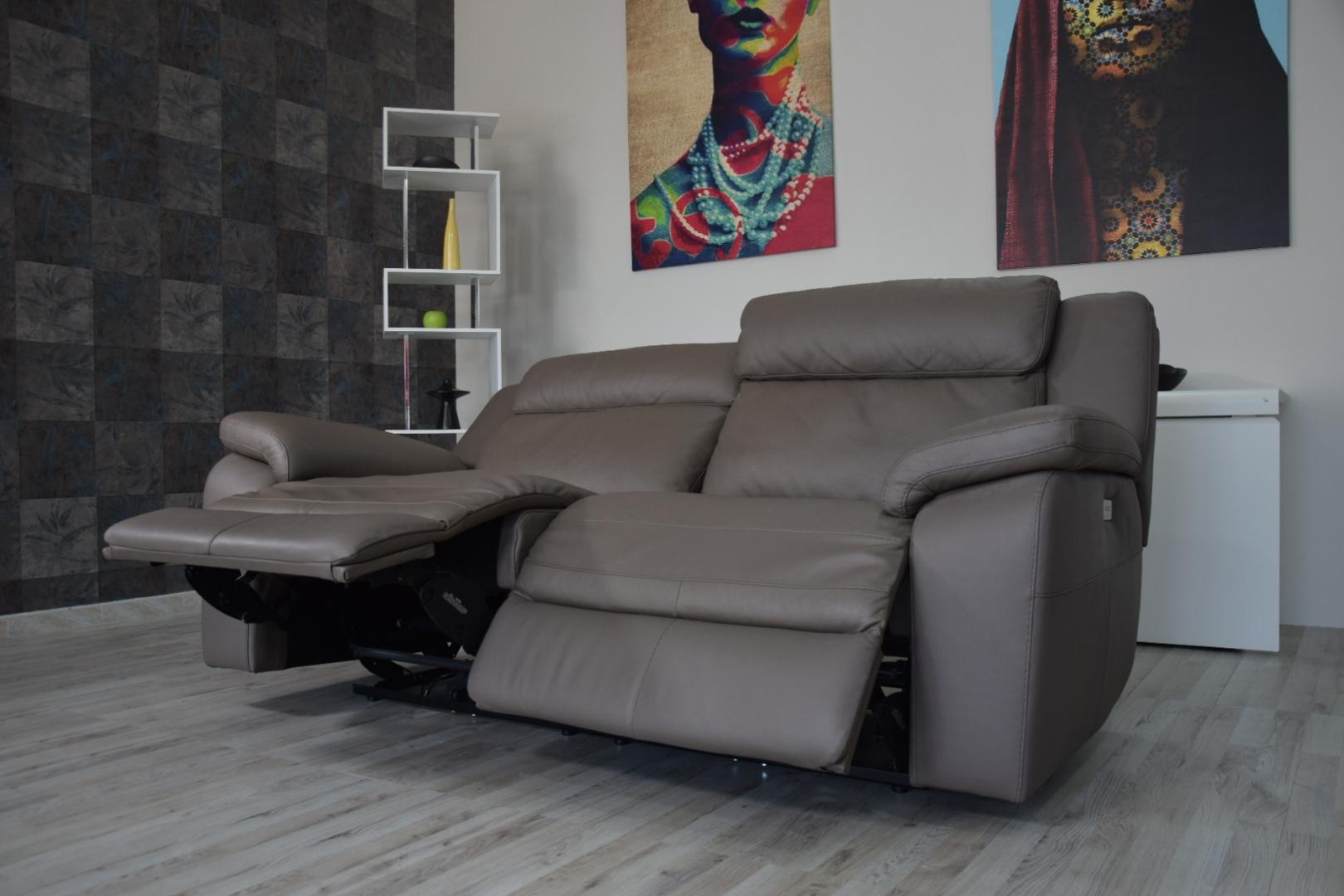 Divano In Pelle Con Relax.Divani Store Divano Relax In Pelle Color Testa Di Moro 3 Posti I