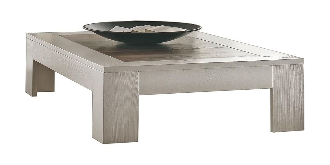 Tavolino in frassino. Piano in legno