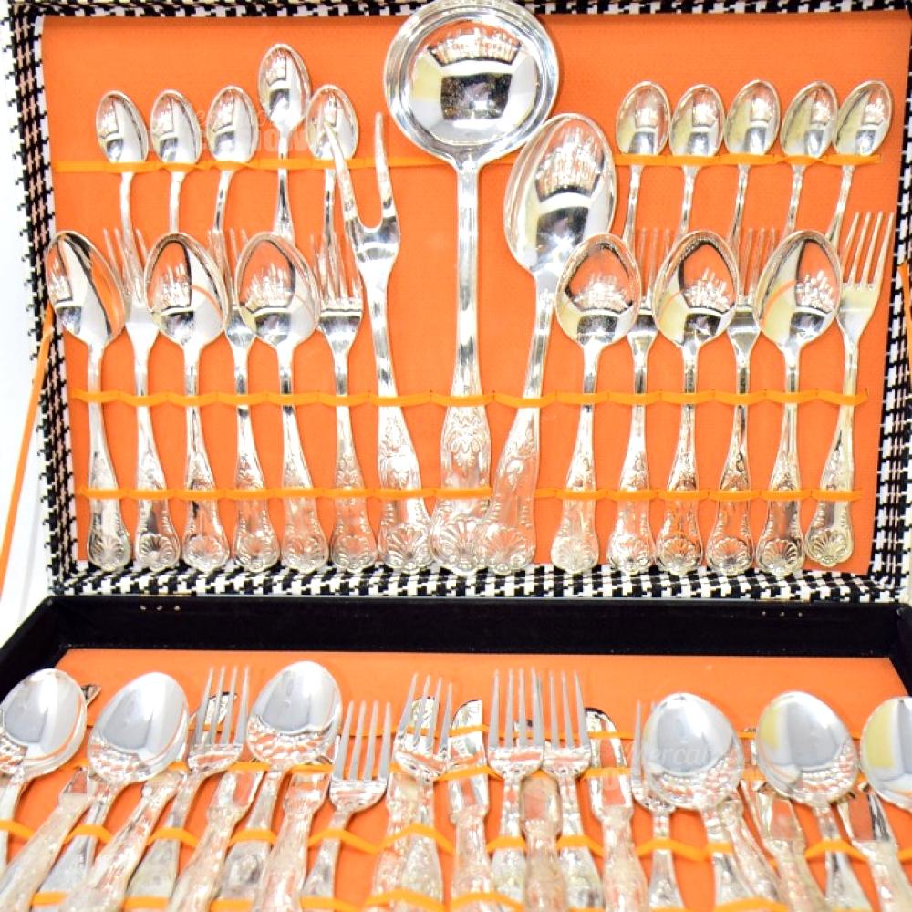 Set Posate Argentate 12 Persone (mancano Due Cucchiaini)