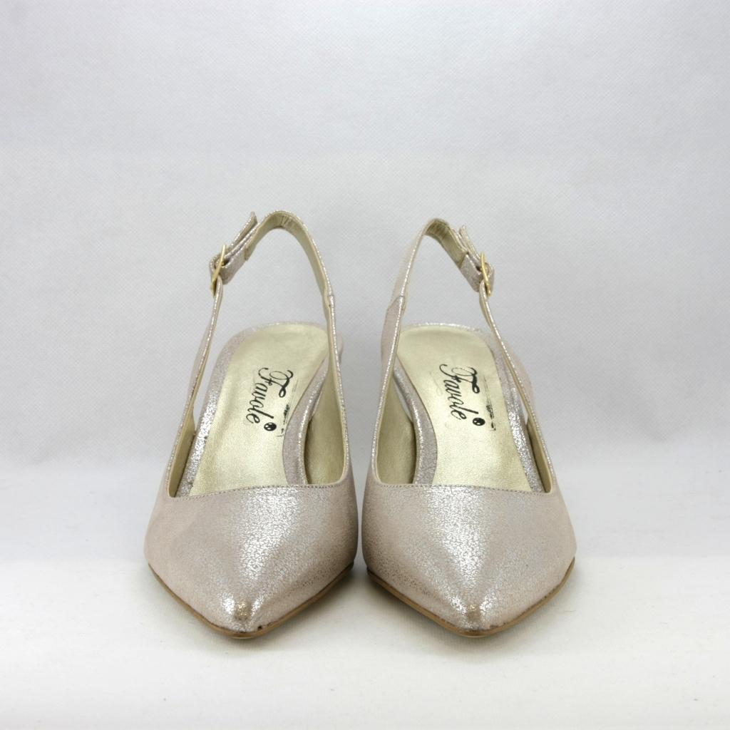 Scarpa cerimonia donna elegante in tessuto lamè color platinorosa con punta sfilata e cinghietta regolabile alla caviglia.