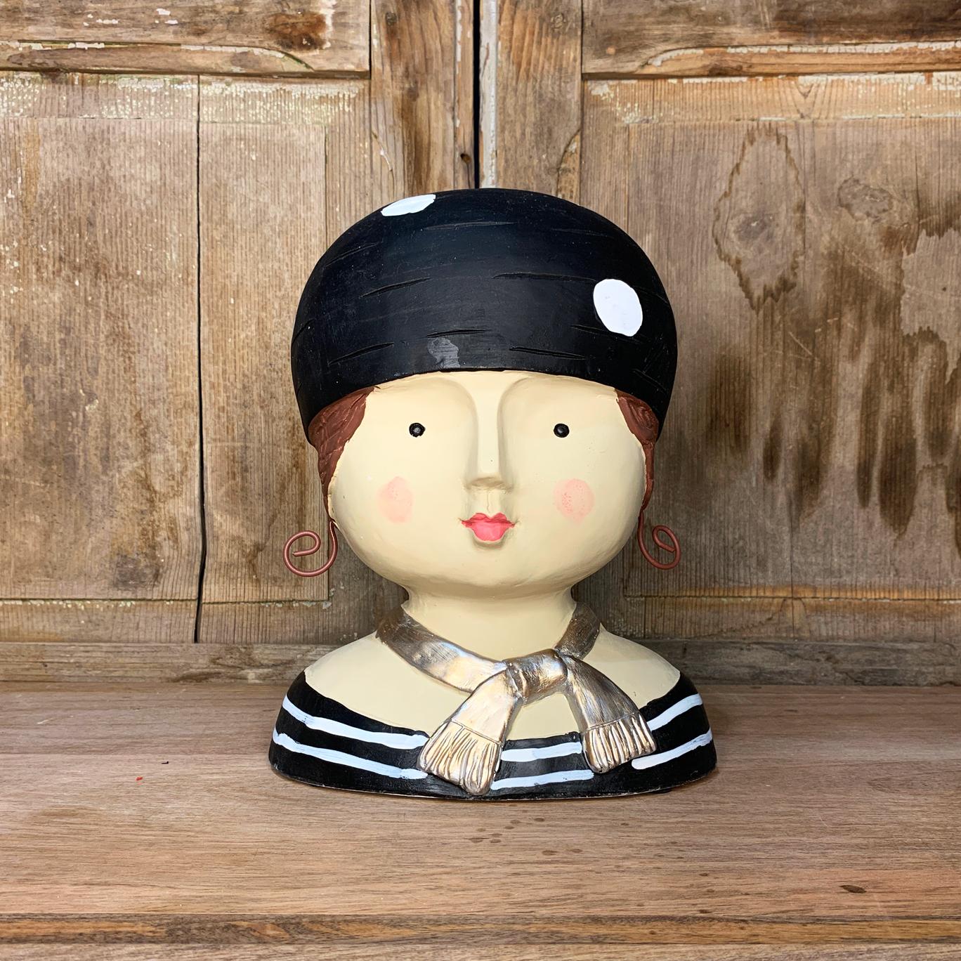 LADY BLACK CAP