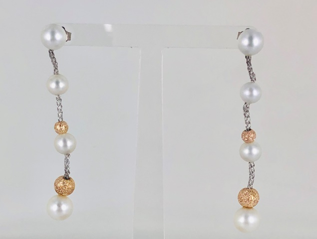 Orecchini pendenti in argento 925 yukiko con quattro perle e due boule