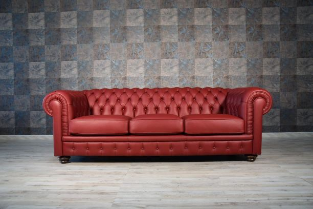 Divano Chesterfield 3 Posti.Divano Chesterfield Bordeaux In Pelle A 3 Posti In Offerta