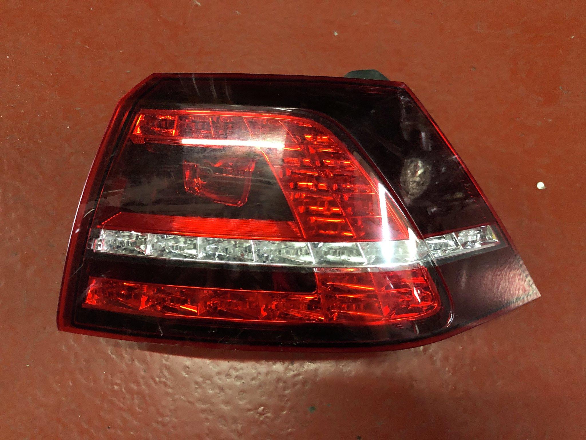 Fanale est. dx a LED usato V. Golf serie 2012>