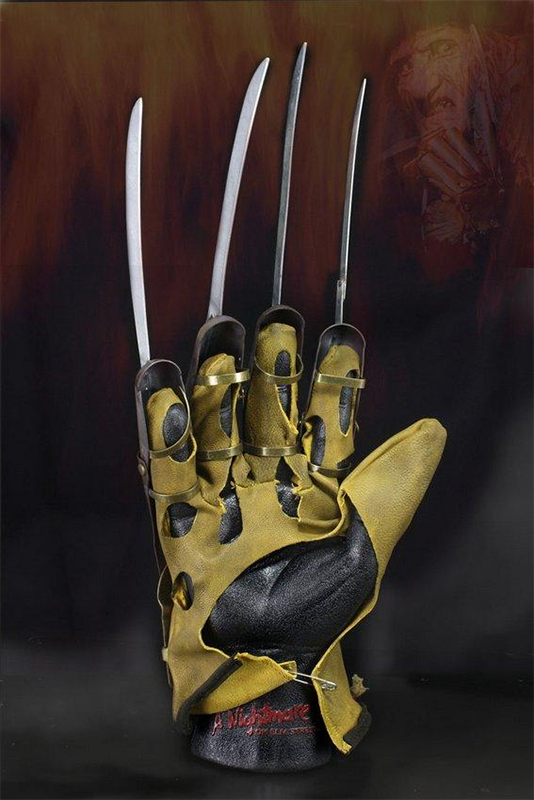 NIGHTMARE on Elm Street: FREDDY Glove Replica