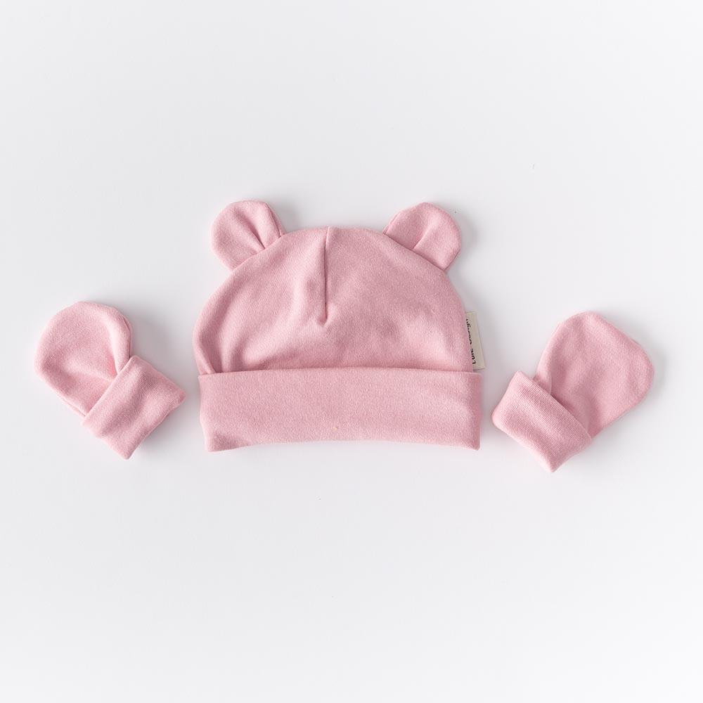 Cappellino color rosa petalo con orecchie  in cotone biologico