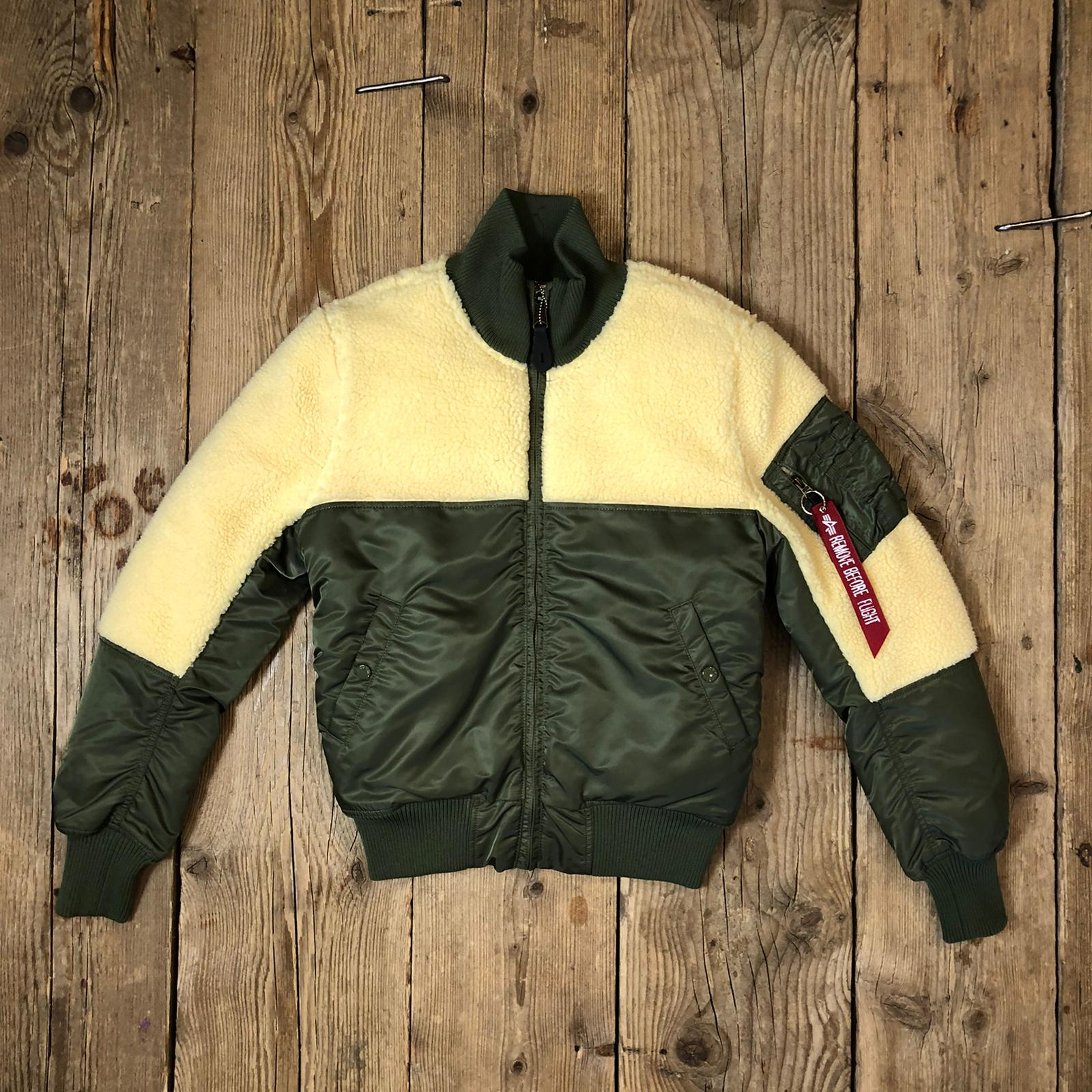Giacca Alpha Industries in Teddy Verde Militare