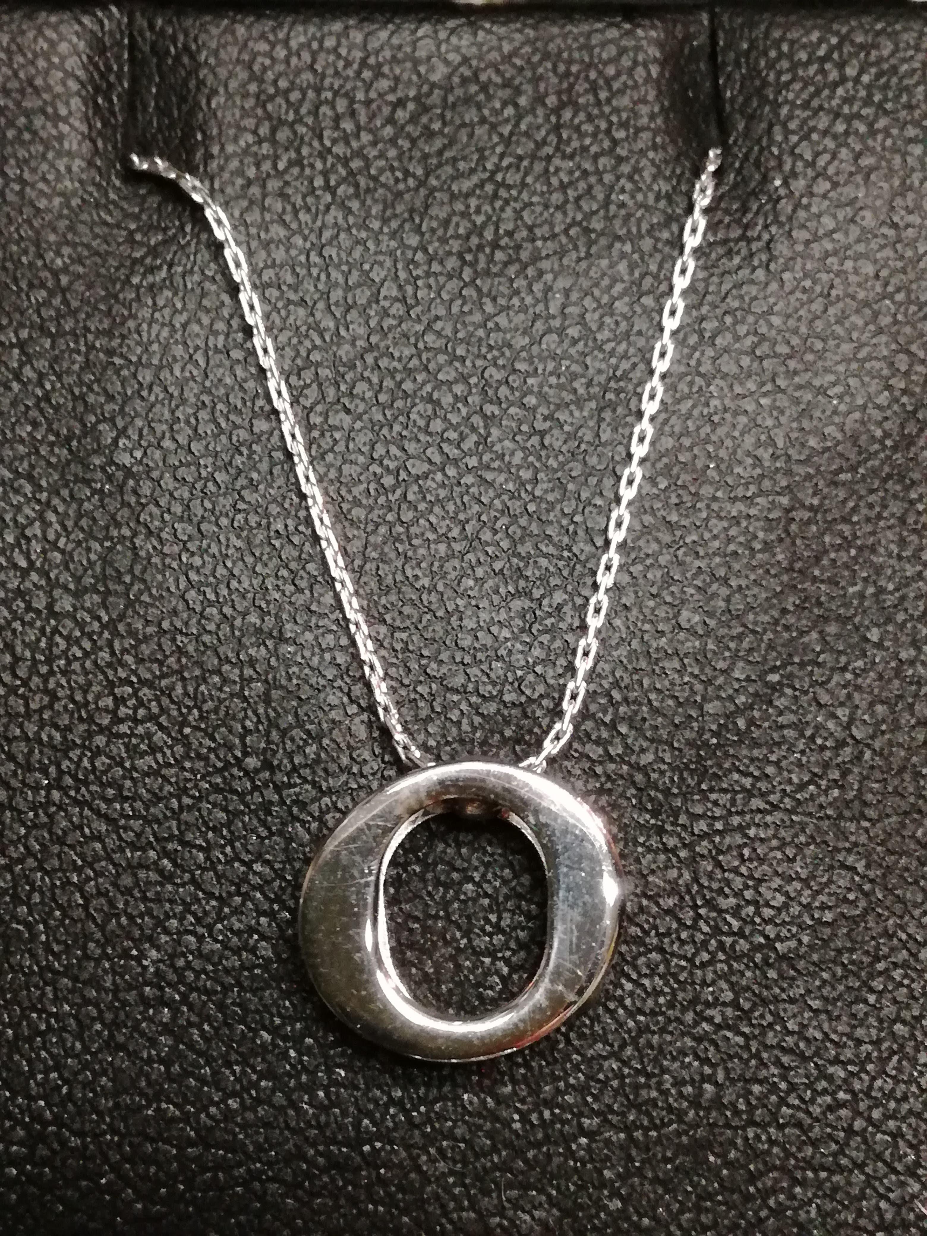 Girocollo argento iniziale O sconto 50%