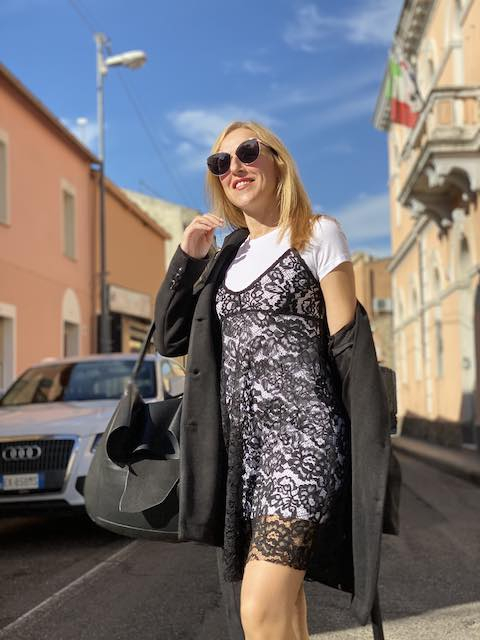 Abito in pizzo con T-shirt VickyMood