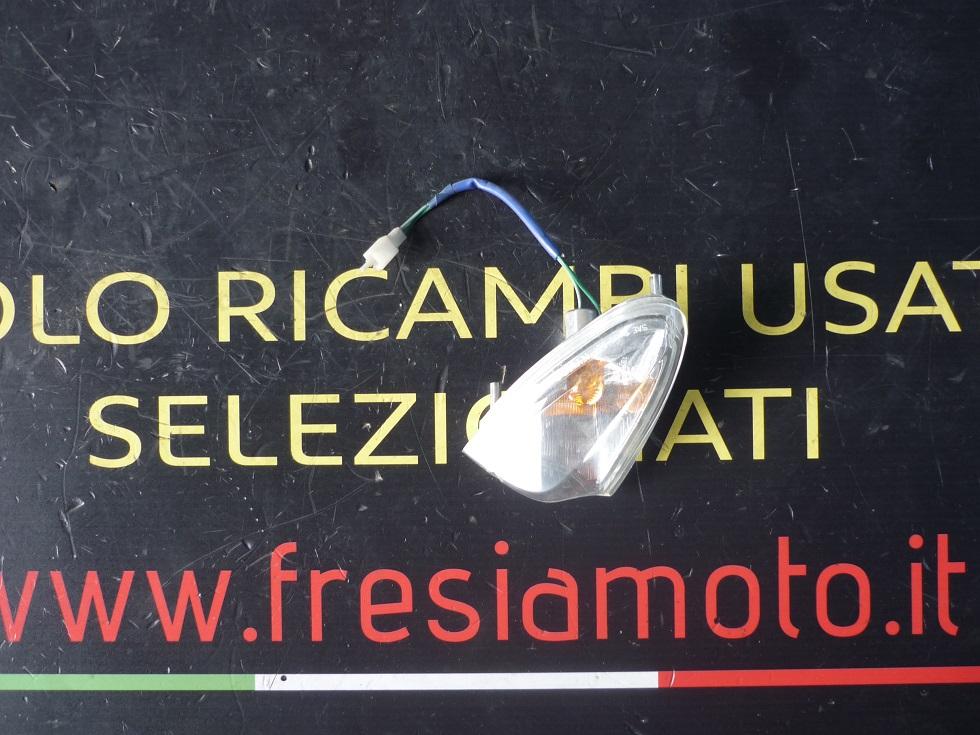 FRECCIA ANTERIORE DESTRA USATA PER KYMCO G-DINK 250 CC ANNO 2003