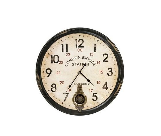 Orologio con pendolo london bridge station invecchiato
