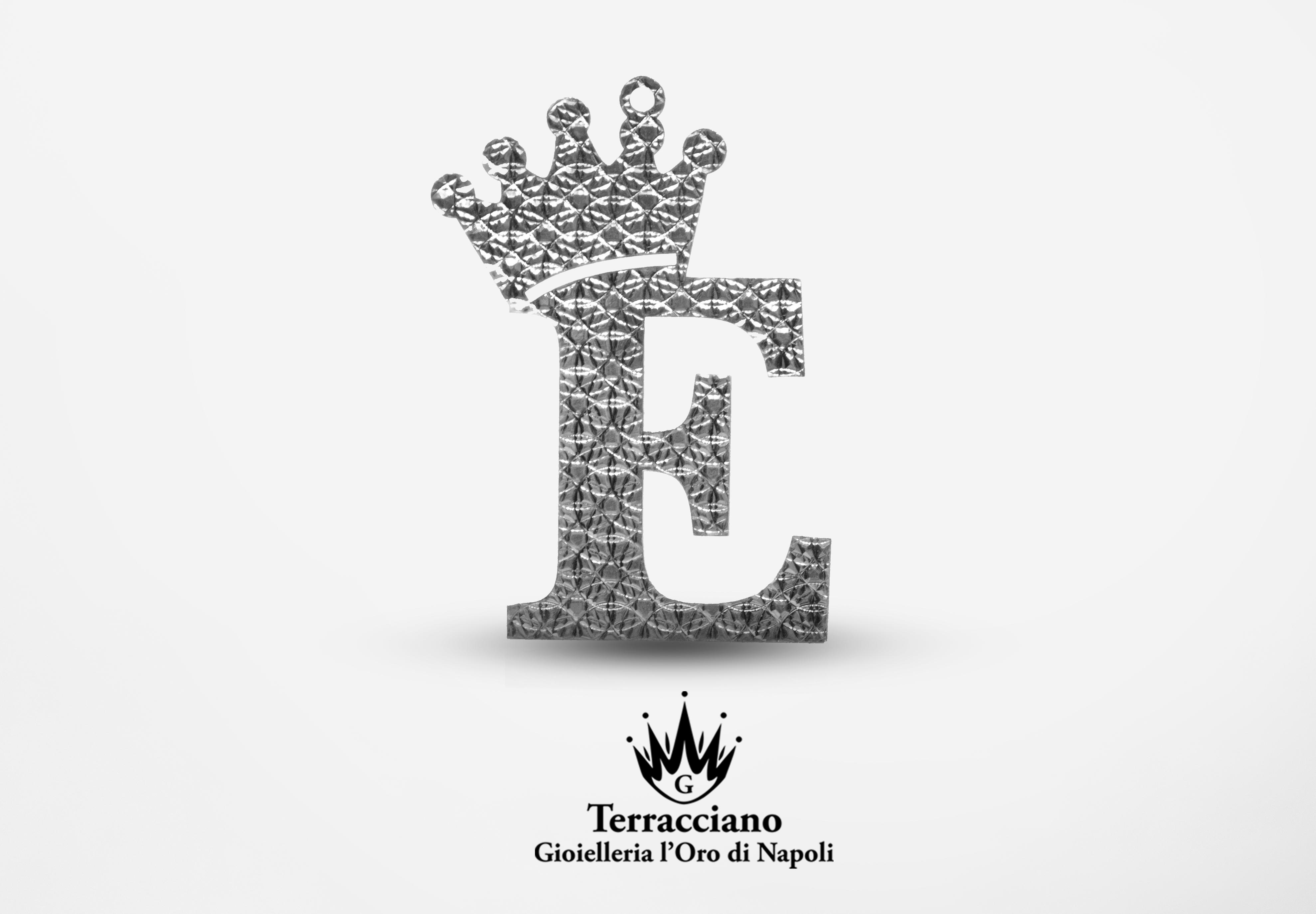 Ciondolo effetto diamantato con iniziale in argento 925%