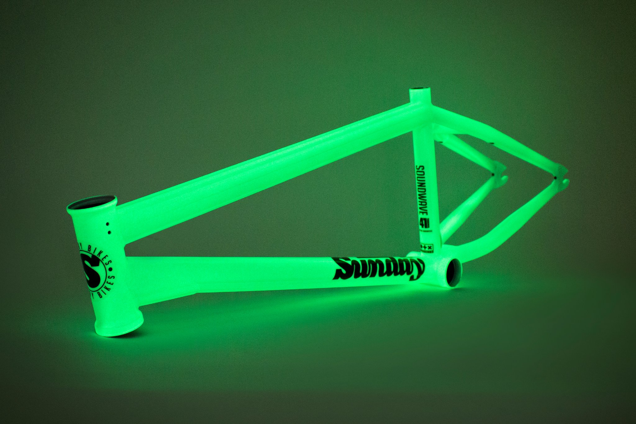 SOUNDWAVE V3 TELAIO BMX SUNDAY | COLORE GLOW IN THE DARK - LIMITED EDITION
