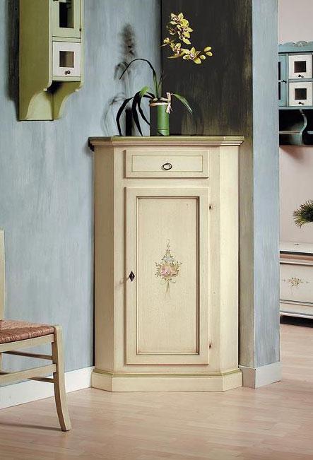 Mueble de esquina blanco decorado a mano por artesanos venecianos