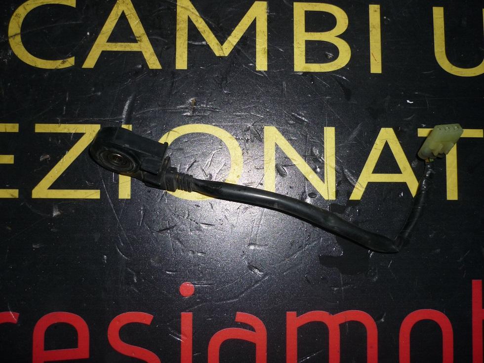 SENSORE CAVALLETTO LATERALE USATO PER GILERA NEXUS 500 CC ANNO 2005