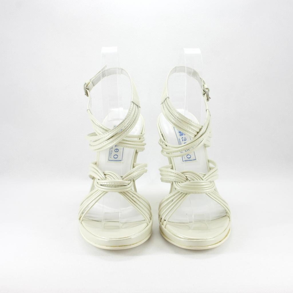 Sandalo cerimonia donna con zeppa realizzato in pelle avorio