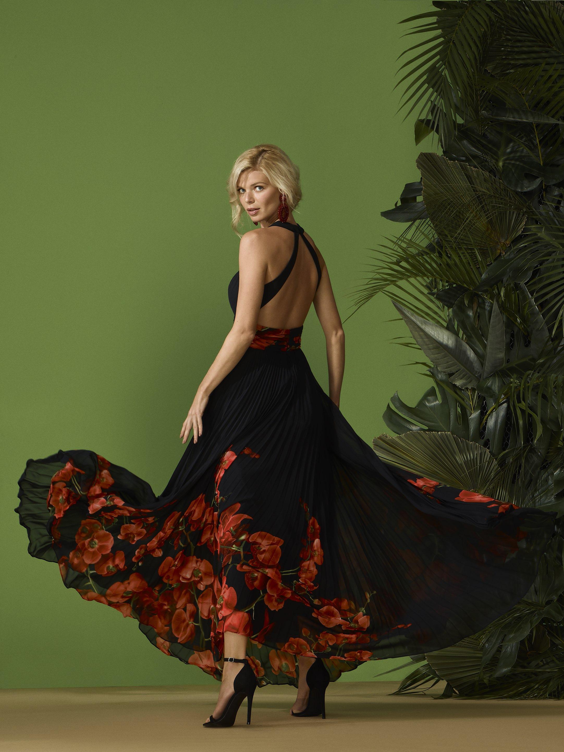Abito cerimonia donna lungo a fantasia nero/rosso disegno orchidee.
