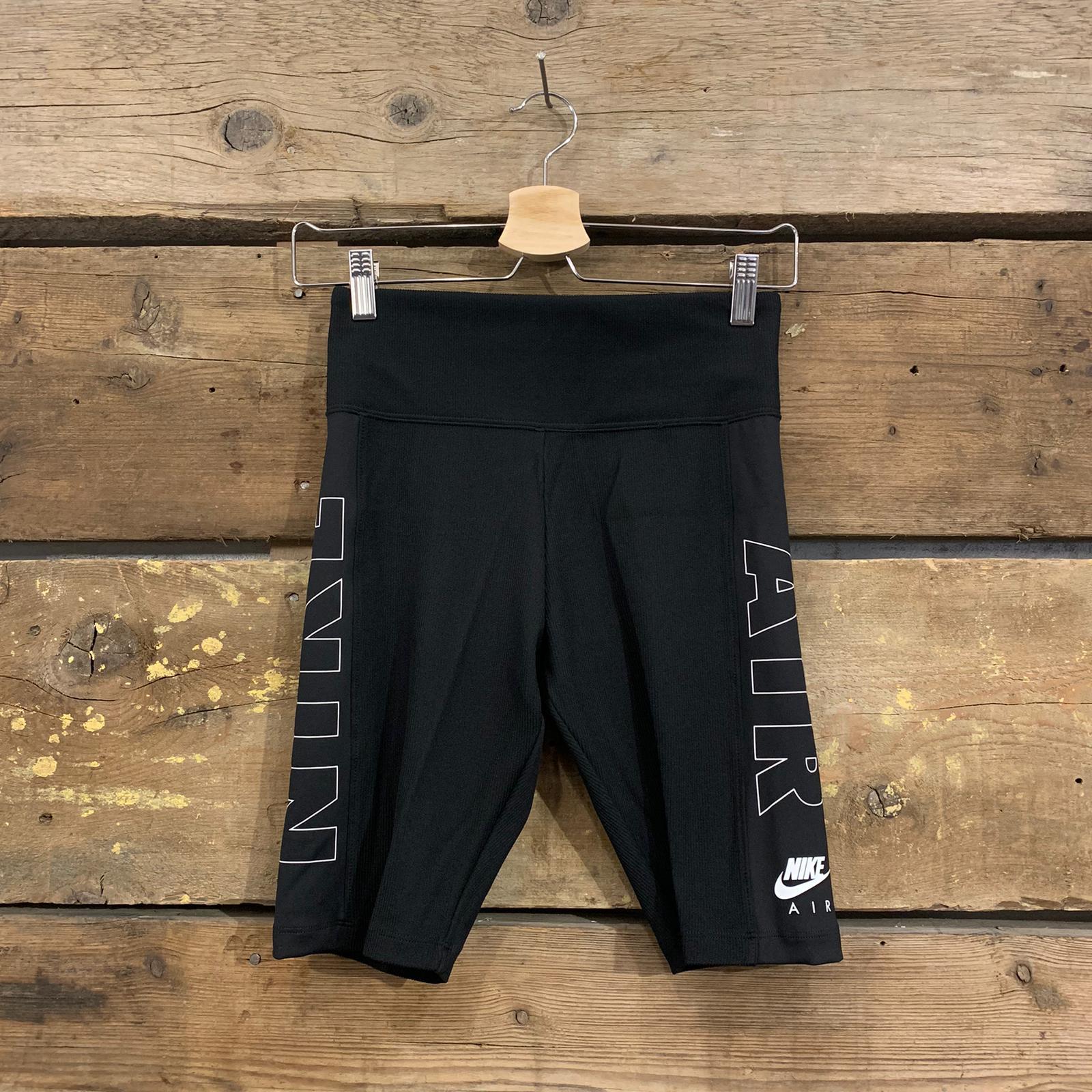 Pantaloncino Nike a Ciclista Elasticizzato Nero