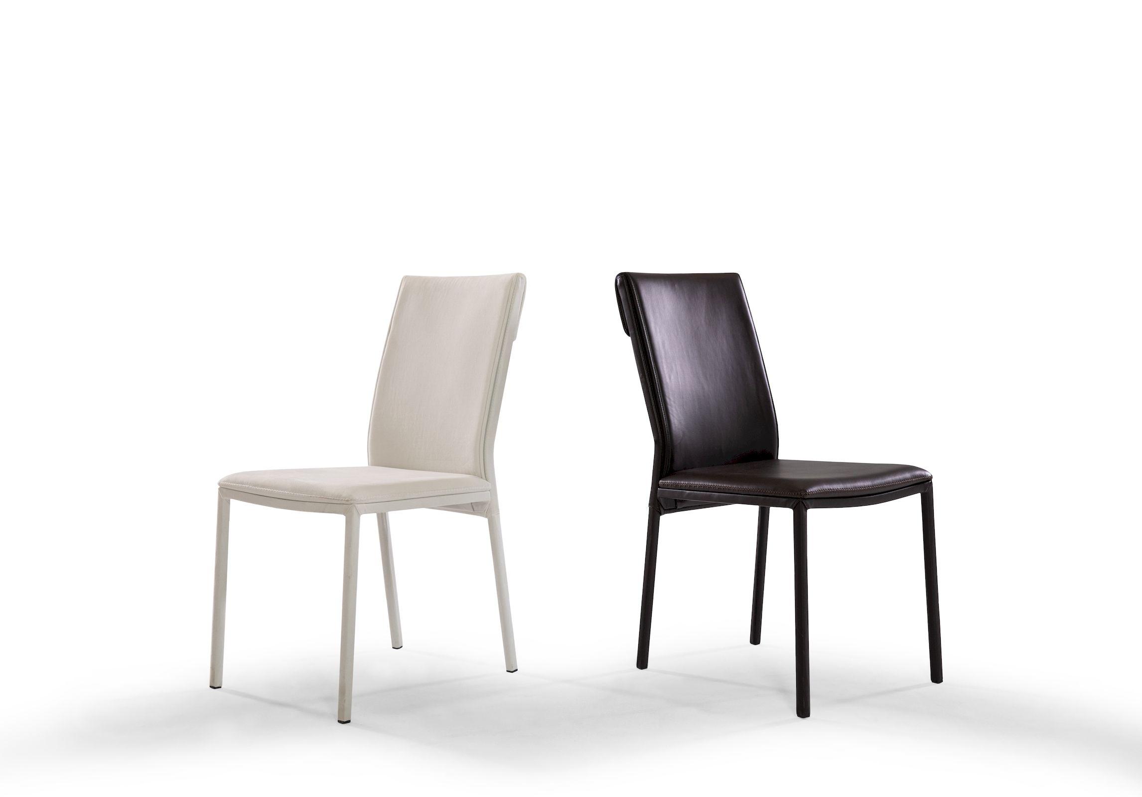 BIRDIE - Sedia con schienale inclinato, senza braccioli e piedi rivestiti